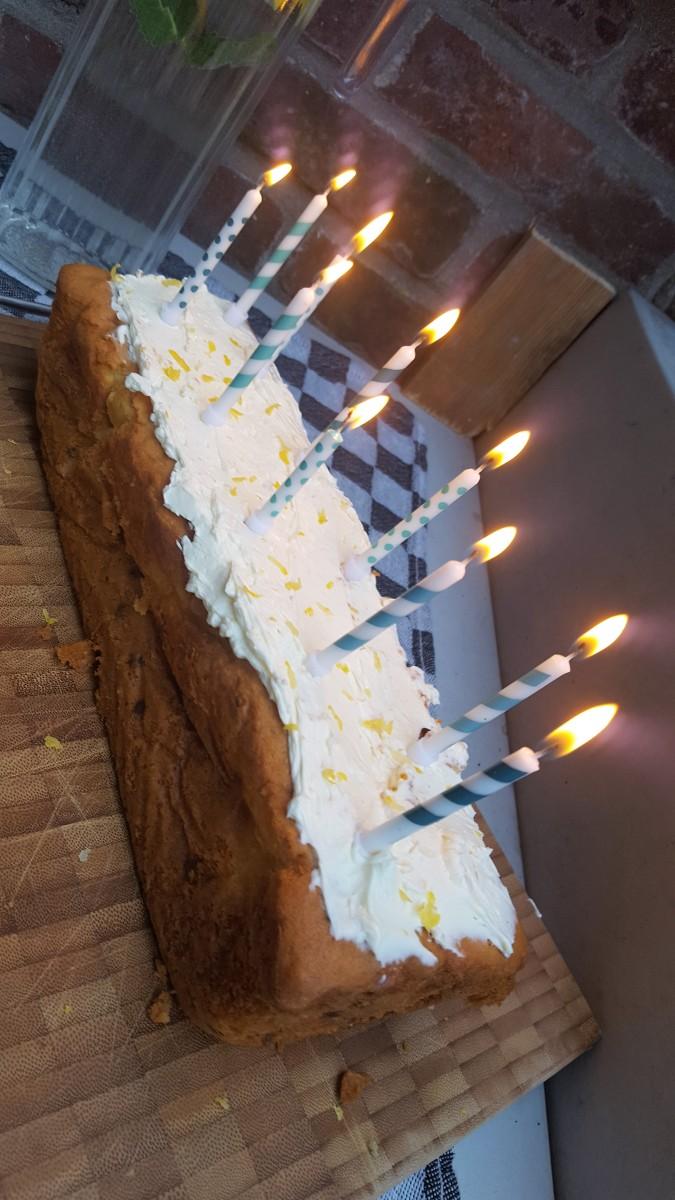 Citroen Mascarpone cake - Cakemix van de Lonneker molen